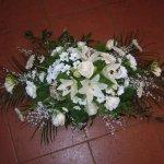 Virágtál fehér vegyes virágból