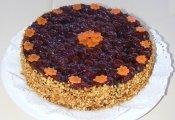 Matyóföld tortája (sárgarépás piskótaalapon mákkrém, túrókrém és meggyszemek)