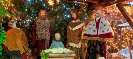 Karácsonyi ELŐFOGLALÁSI csomag a gyönyörűen feldíszített Szárcsa Hotelban