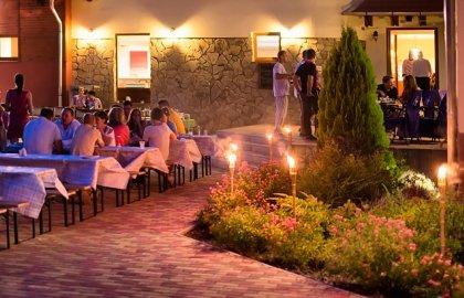 Erzsebet Park Hotel-Kulteri vacsora