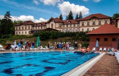 Erzsebet Park Hotel-Kulteri medence