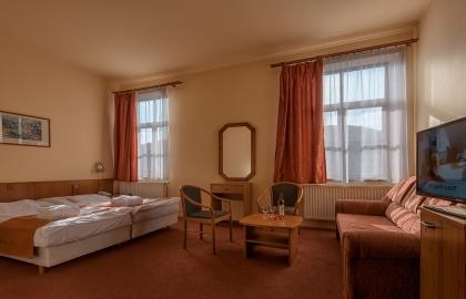 Erzsébet Park Hotel - Erzsébet-szárnyi kétágyas, pótágyas szoba