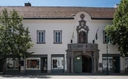 Szent Bertalan Vallásturisztikai Látogatóközpont és Kincstár