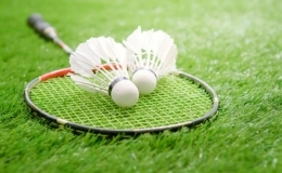 Badminton und andere Ballspiele