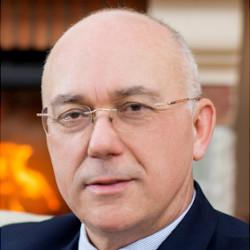Dr. Regényi Péter