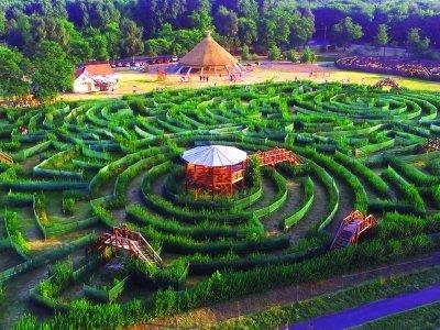 Csillagösvény Maze Theme Park