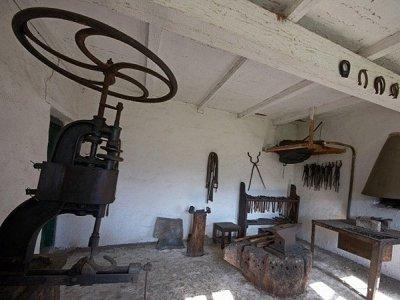 József Attila Múzeum, Skanzen és Espersit-ház