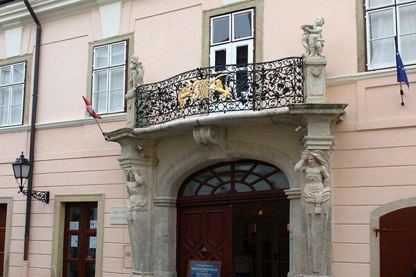 Eszterházy-palota