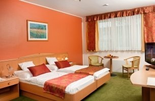Family-friendly rooms - Three-star hotel