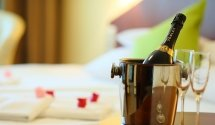 Születésnap, évforduló a Balatonnál, Hotel Margaréta