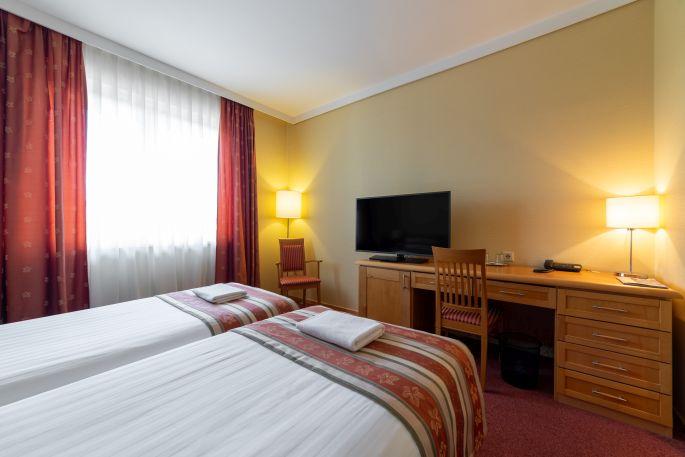 Economy kétágyas szoba a Hotel Pagonyban