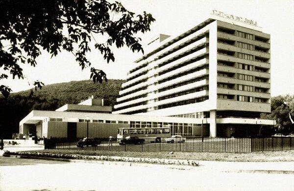 sopron-udulo
