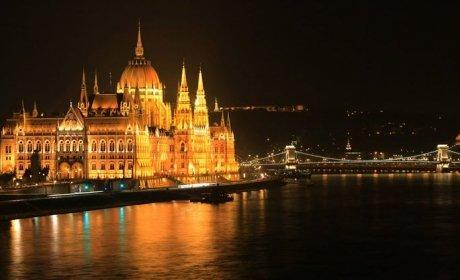 Budapesti hotelszoba a parlamenttől 20 percre