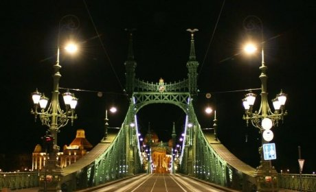 Budapest csodálatos, Szabadság híd