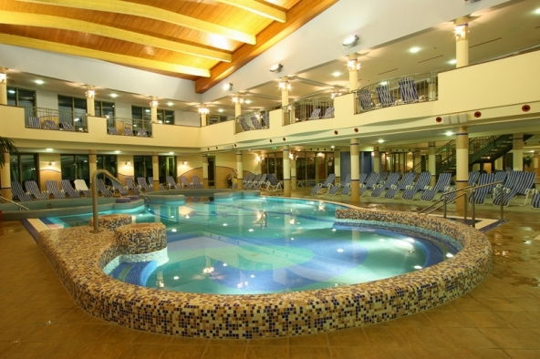 Cleaning works of the indoor pools in 2019