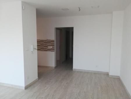 F-6. lakás, III. épület (Székesfehérvár, Móri út 146.) - Értékesítés: +36 30 9390 959