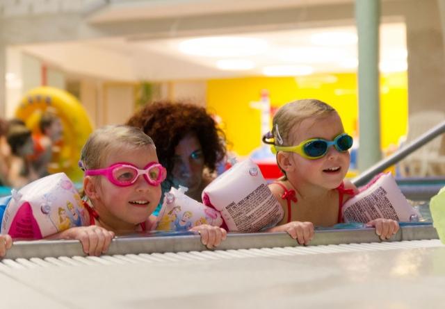 Gyermek úszásoktatás - Családi élményfürdő