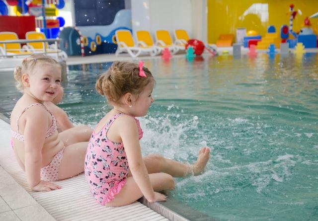 Babyschwimmen - Familien-Erlebnisbad