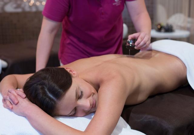 Massage - Hanami Beauty & Spa