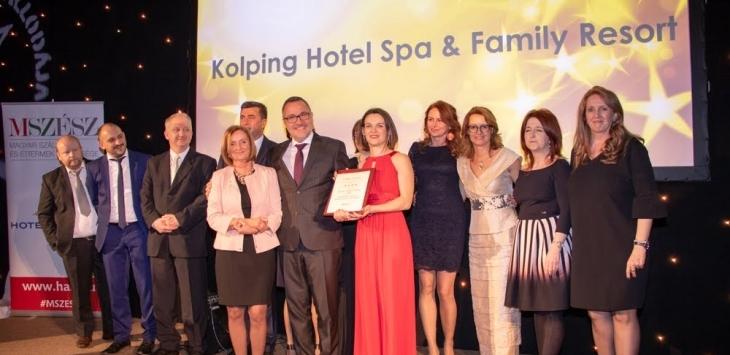 Mit jelent, hogy a Kolping Hotel az Év Szállodája?