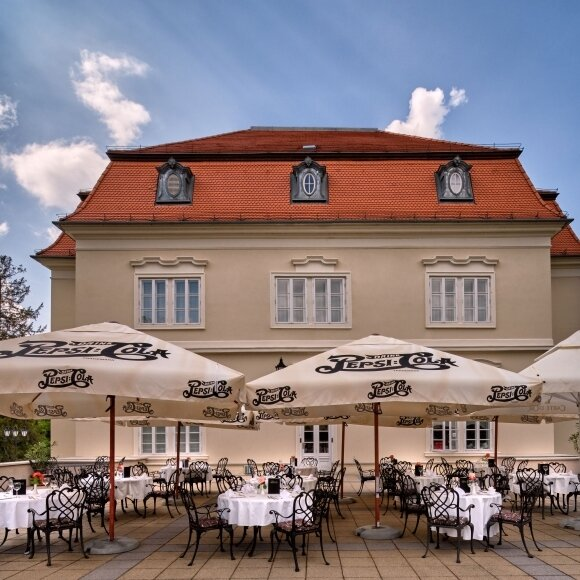 1. May im Schloss