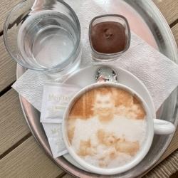 Selfieccino – figyelmesség egy kávéhabban