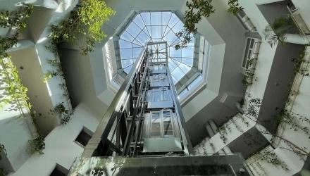Panoramic Elevator - The 6th Floor