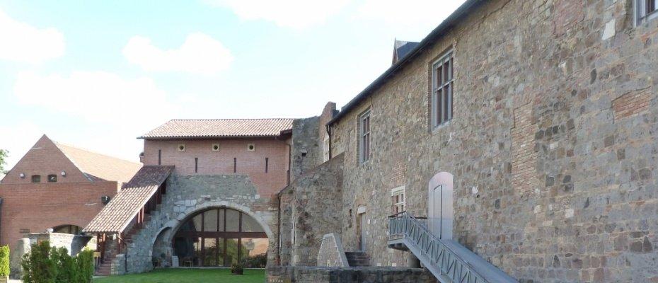 Keresztény Múzeum, Prímás palota