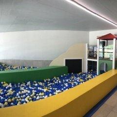 Játszószoba a fürdő I. emeletén