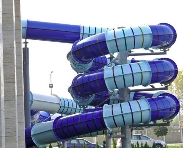 Giant slide 1