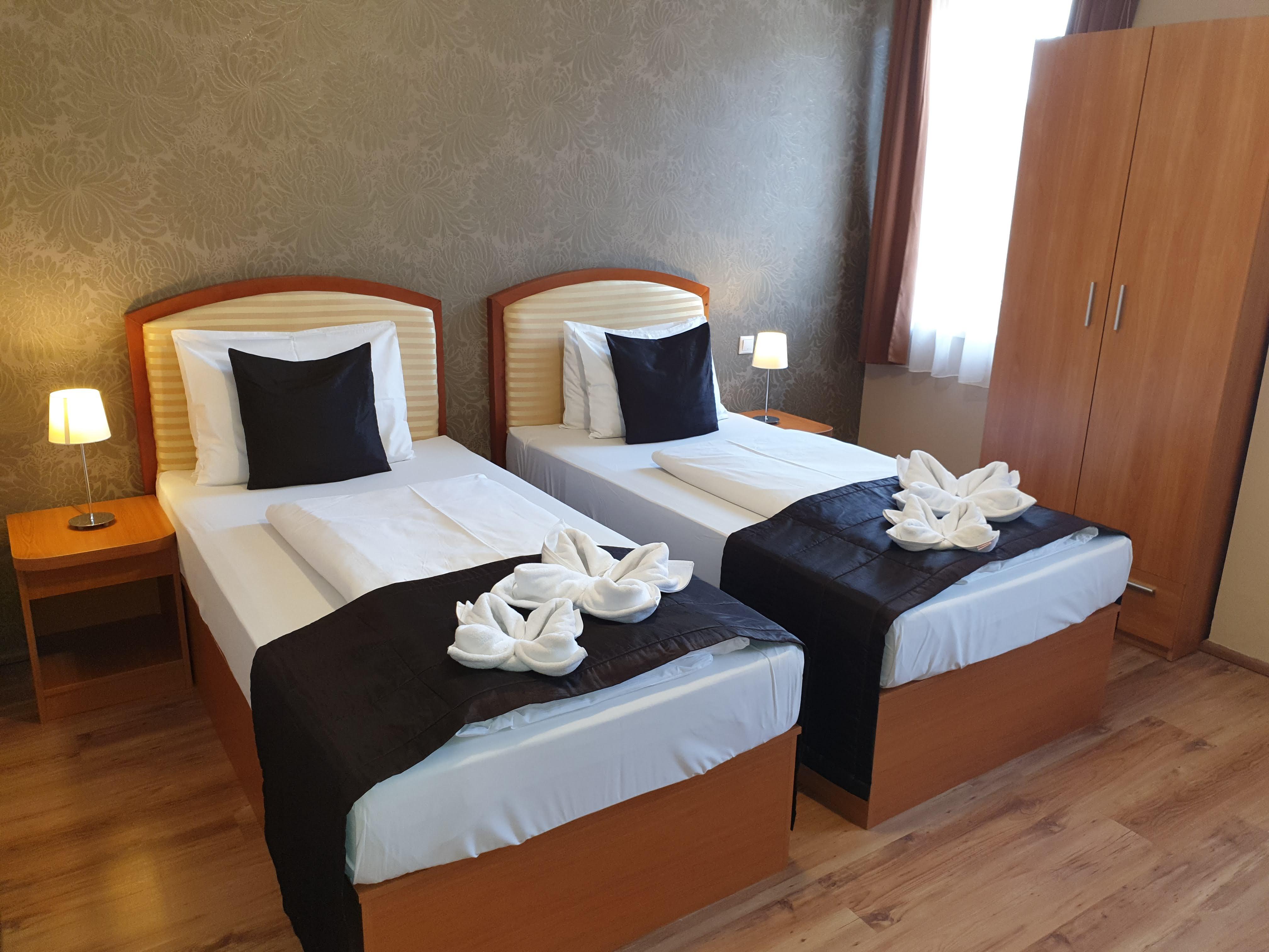 Standard kétágyas szoba - Six Inn Hotel Budapest