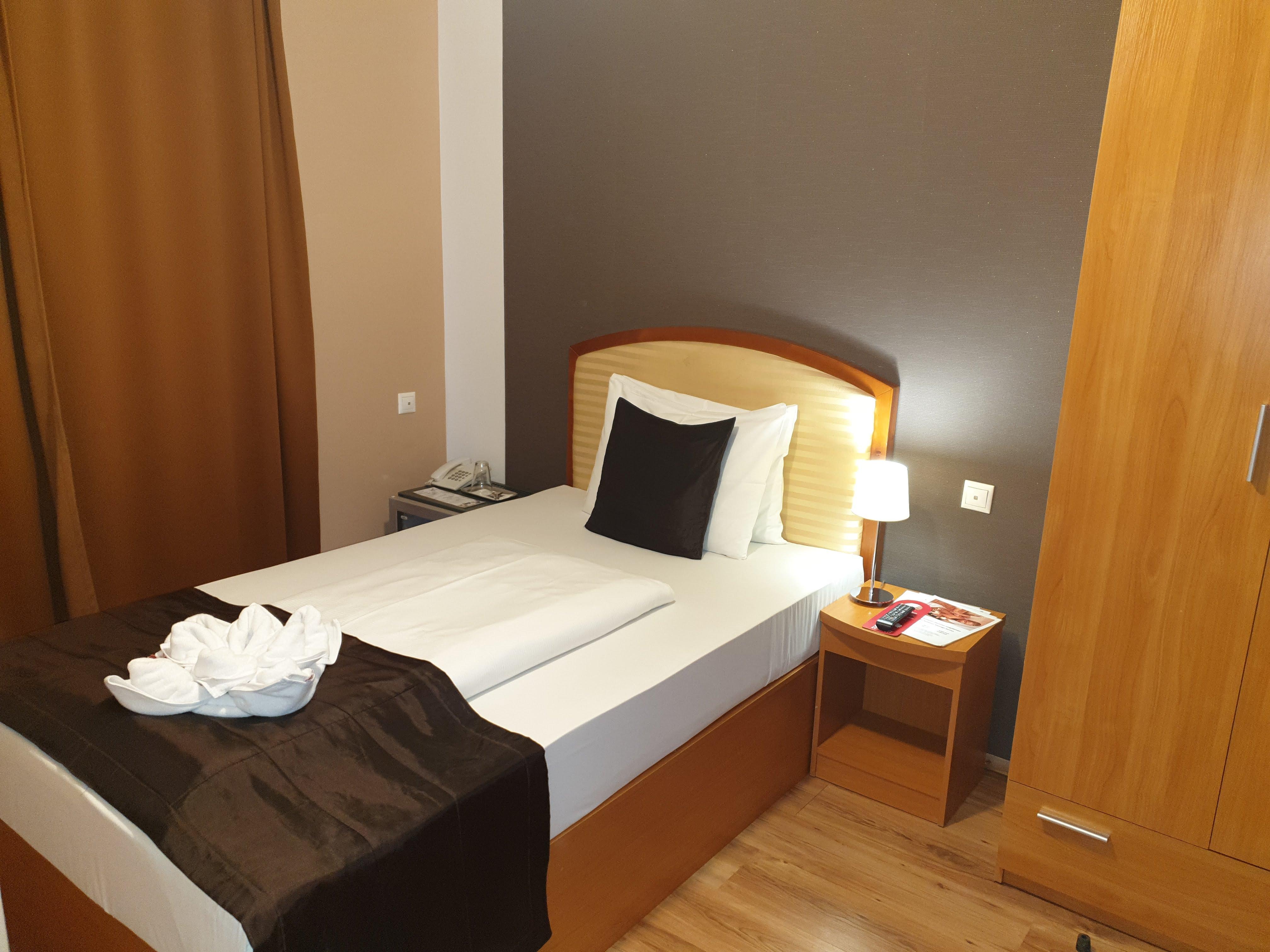 Standard egyágyas szoba - Six Inn Hotel Budapest