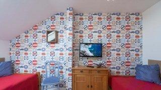 Kétlégterű családi szoba gyerekszobája