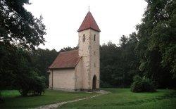 """Velemér """"die Kirche des Lichts"""""""