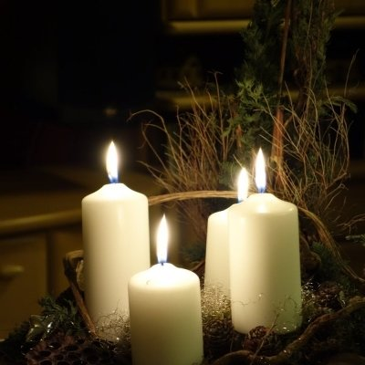 Advent Candle lightning with music