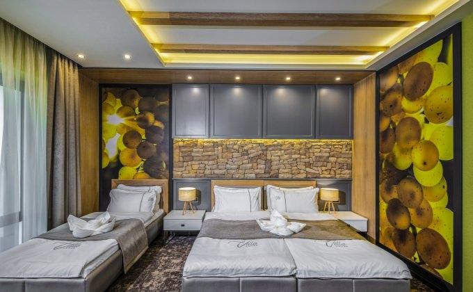 Villa Cuvée Egerszalók - Fehérboros Háromágyas szoba