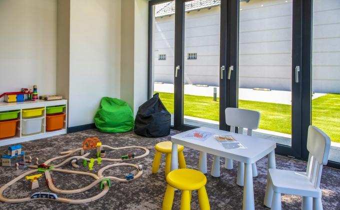 Villa Cuvée Egerszalók - indoor playhouse, drawing corner