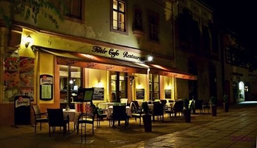 Főtér Cafe Étterem