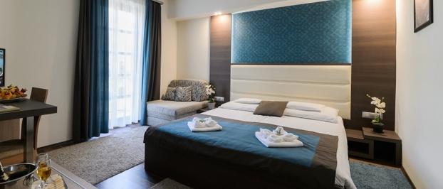 Négycsillagos türkiz deluxe szoba