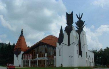 Makovecz-színház