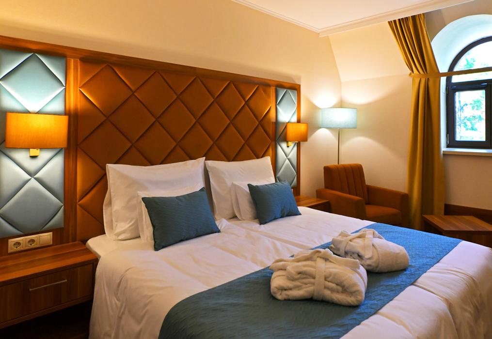 del-szoba2