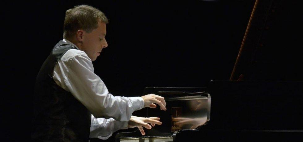 Tóth Péter zongoraművész koncertje
