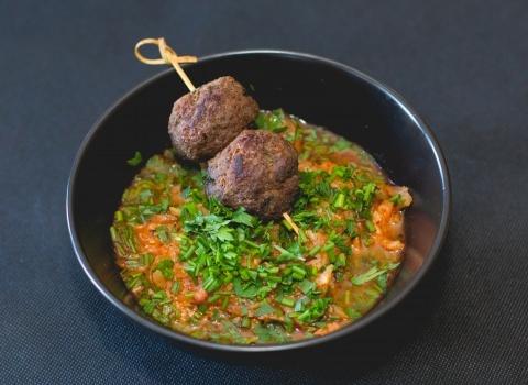 Savanyított tarlórépa leves vadhús gombóccal