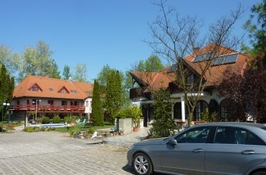 Zsanett Hotel (Janette Hotel) Balatonkeresztúr
