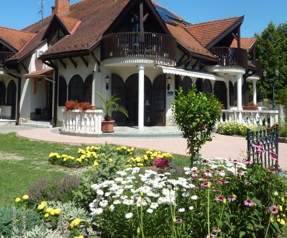 B & B Lake Balaton min. 1 night
